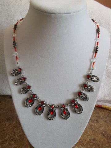 Silver Red Bling Glass Beads Necklace (N949)