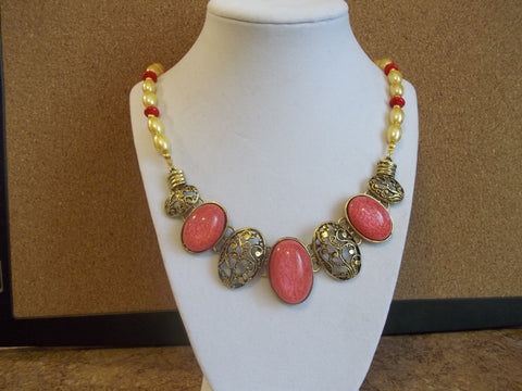 Gold Pearls Red Glass Beads Pink Gold Bib Front Necklace (N953)