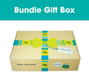 Bundle box of Western Chief floral rain gear set.