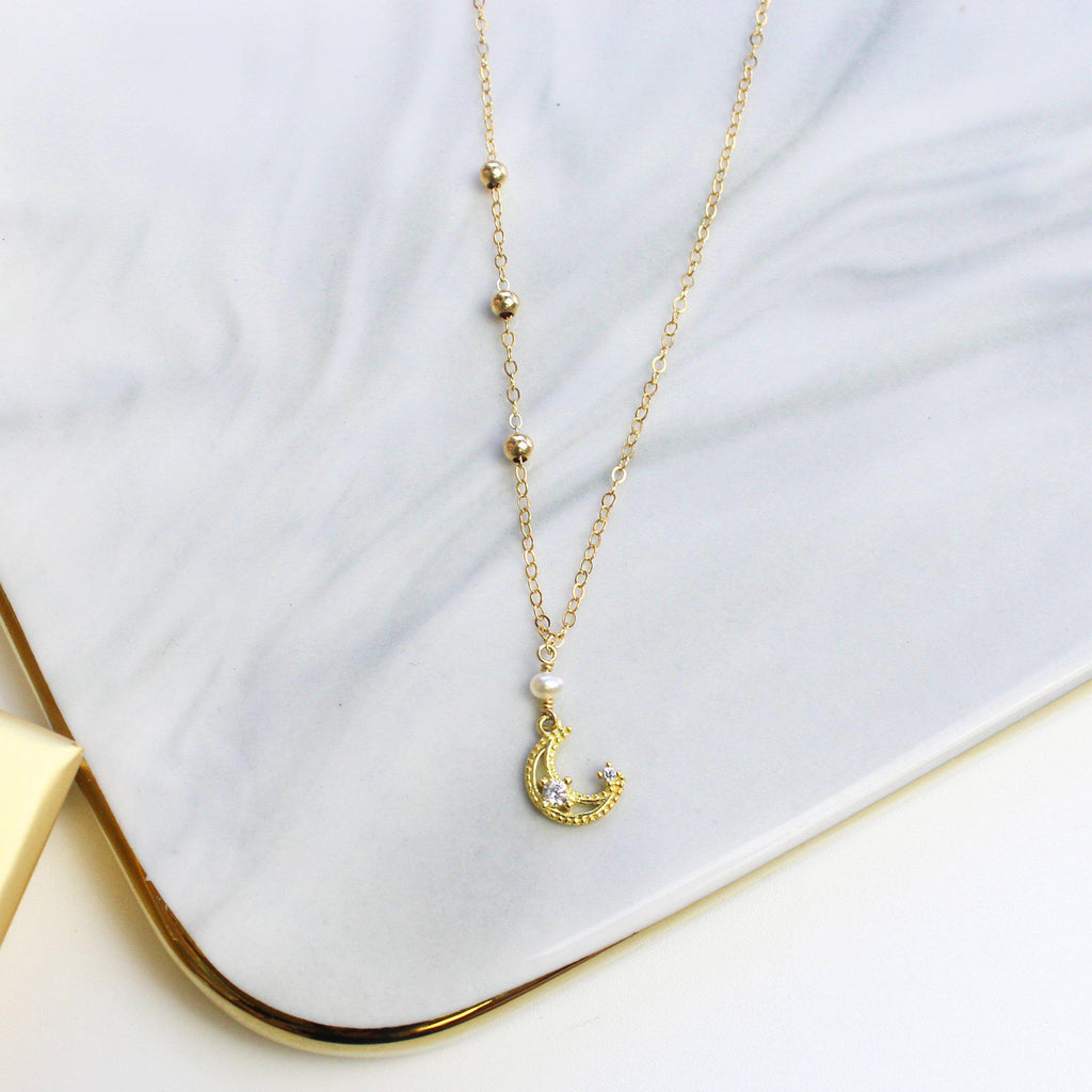 Little Golden Moon Necklace-Adorn Necklace-La Meno