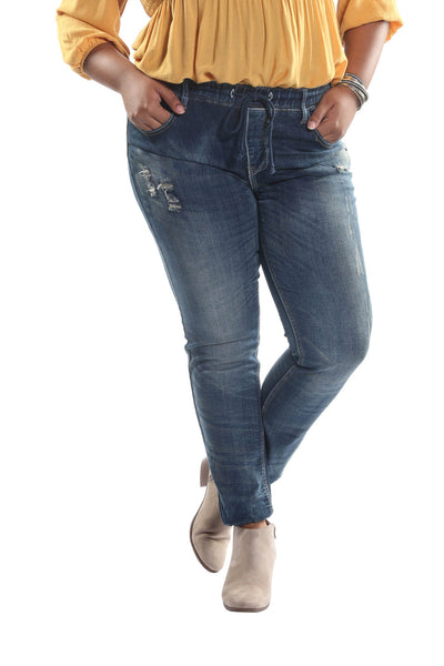 Plus Size Pegged Denim Jeans