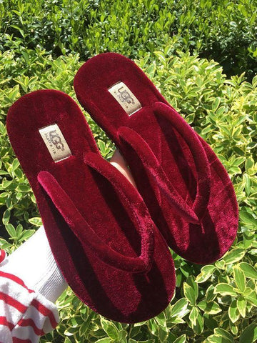 Ugg Sells Women's Casual Flip-flops And Fashionable Velvet Sandals Shoes