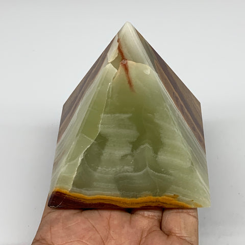 "434.9g, 3.1""x3"" Natural Large Green Onyx Pyramid Gemstone @Pakistan, B7583"