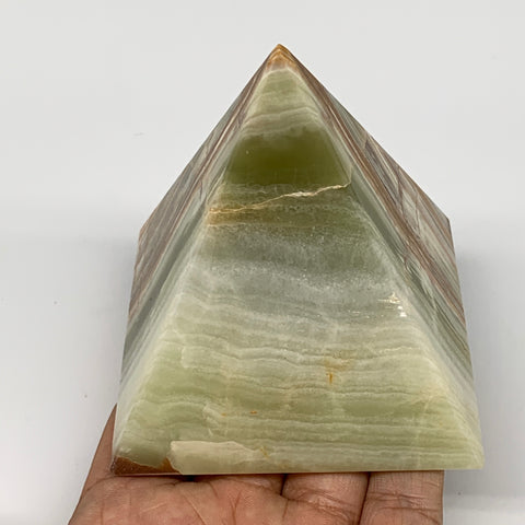 "449.1g, 3.2""x3"" Natural Large Green Onyx Pyramid Gemstone @Pakistan, B7587"