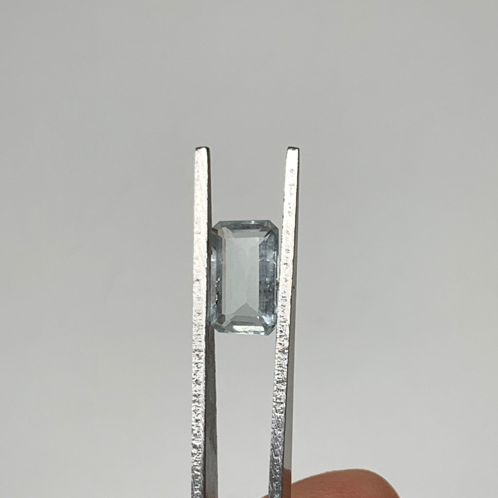 2.14cts, 10mmx6mmx3mm, Aquamarine Crystal Facetted Stone Loose @Pakistan,CTS160
