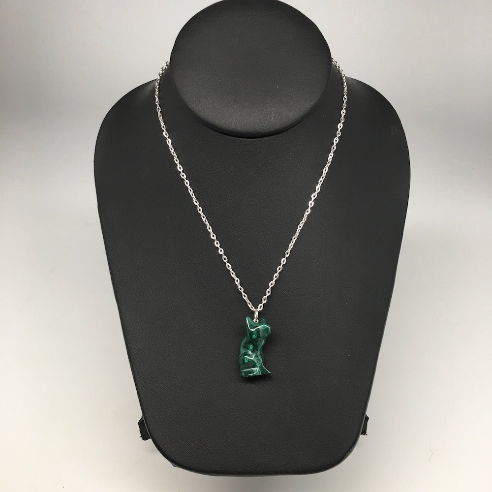 "7.1g,1.1""x0.5""x9mm Natural Solid Malachite Animal Pendant W/Chain Congo,MS204"