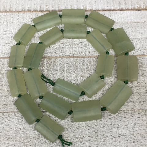 "101.5g,19mm-28mm,21 Beads,Natural Serpentine Rectangle Beads Strand, 22"",BN227"