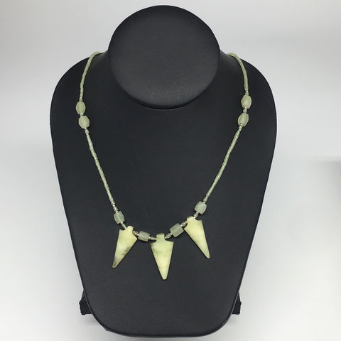 "16.1g,2mm-31mm, Small Green Serpentine Arrowhead Beaded Necklace,19"",NPH240"