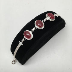 13.8 Grams Gemstone Oval Red Onyx Handmade Chained Silver Plated Bracelet @India - watangem.com