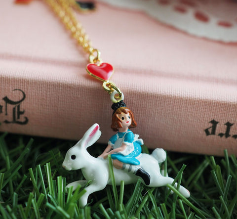 N2 - AMAL311 ALICE ON THE WHITE RABBIT PENDANT NECKLACE