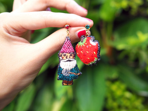 TM - Seven Dwarfs & Strawberry Earrings