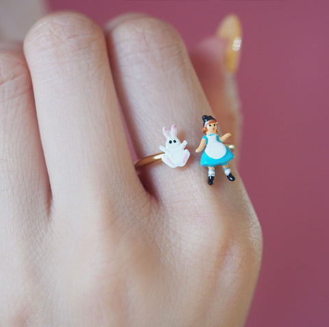 N2 - AMAL601 ALICE AND WHITE RABBIT ADUSTABLE RING