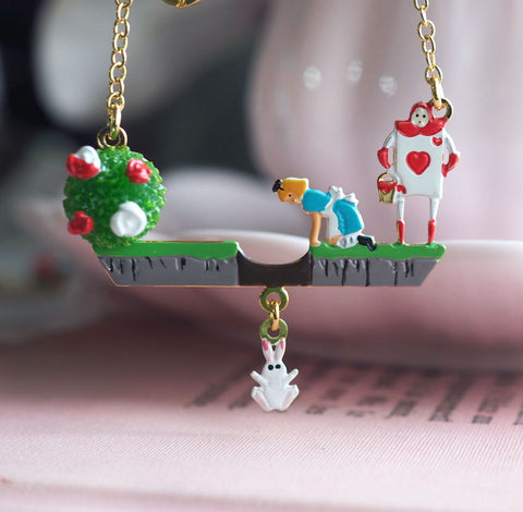 N2 - AMAL308 ALICE CHASING THE WHITE RABBIT PENDANT NECKLACE