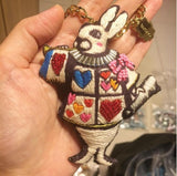 Keychain Alice Rabbit
