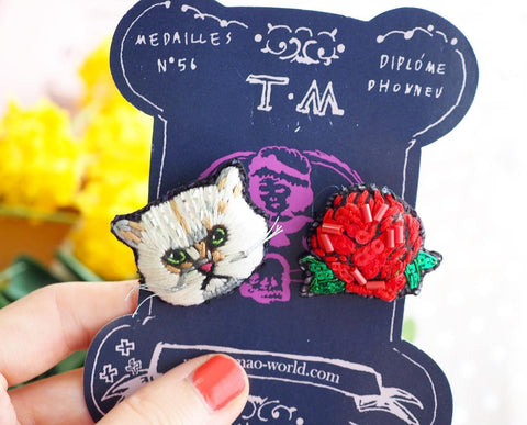 TM - Earrings Cat & Red Flower