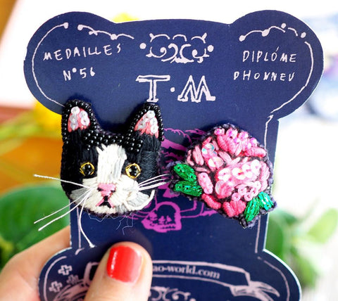 TM - Earrings Cat & Pink Flower