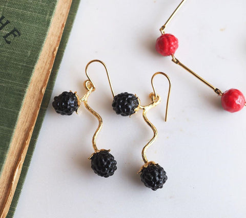 NB - J289 Black Berries Earrings