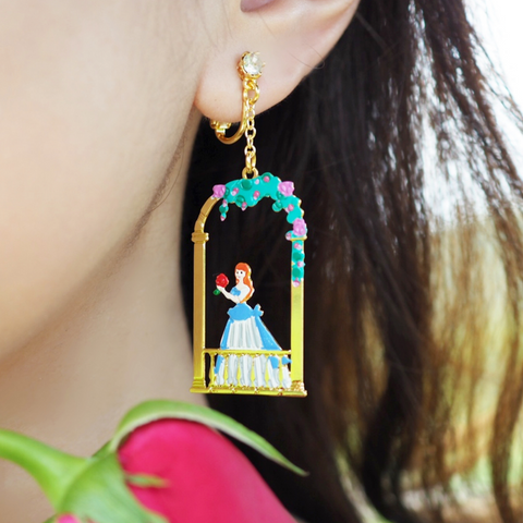 N2 - AIBE107 THE BEAUTY BREAKING THE SPELL CAST TO THE BEAST EARRINGS