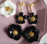 "NB - J381 BIG BLACK FLOWER EARRINGS - ""NATURE MORTE"""