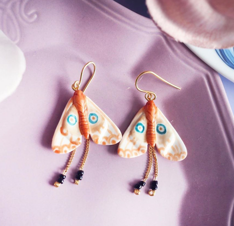 NB - J372  Butterfly earrings