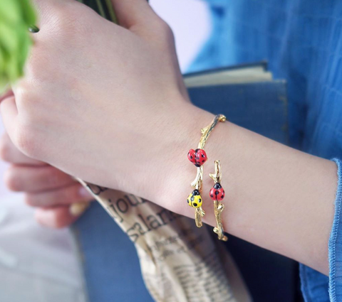 NB - D156 Ladybugs Branch Bracelet
