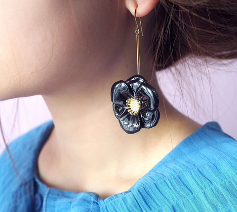 NB - J281 Big Black Flower Earrings