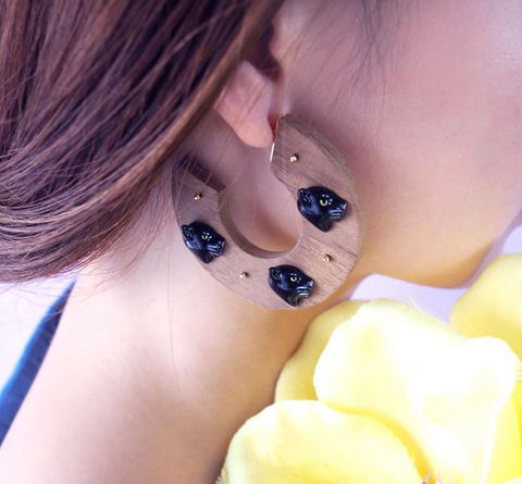 NB - J302  Black Panthers Wood Earrings