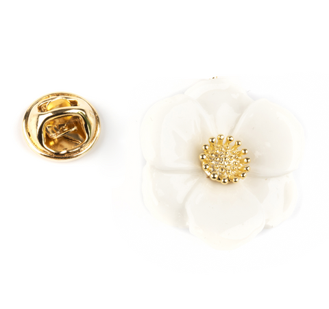"NB - P072 BIG WHITE FLOWER PIN - ""NATURE MORTE"""