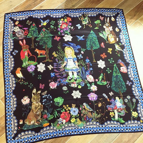NL - Alice in Wonderland Scarf