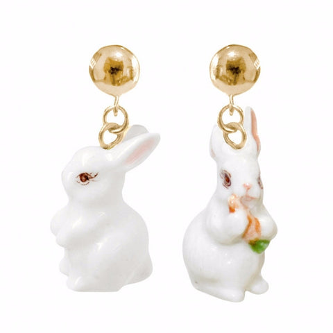 NB - J111 White Rabbit Carrot Earring