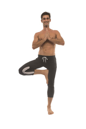 Mens 4/5 Zipper Pocket Capri Yoga Pants (Black w/Charcoal & GREY) Capri Pants 4-rth