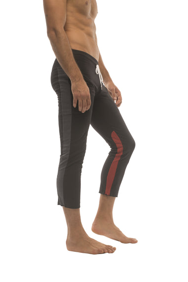 Mens 4/5 Zipper Pocket Capri Yoga Pants (Black w/Charcoal & Red) Capri Pants 4-rth