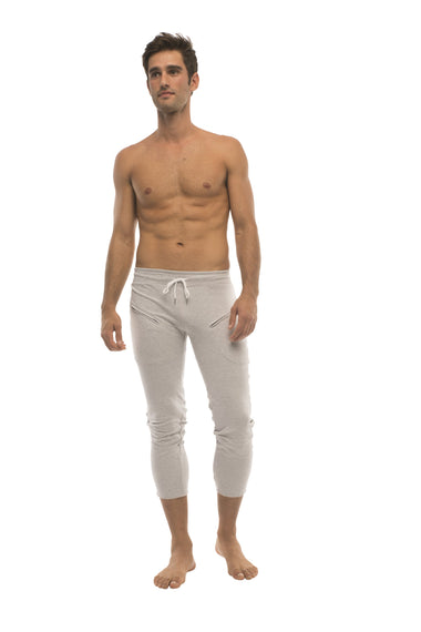 Mens 4/5 Zipper Pocket Capri Yoga Pants (Solid Heather Grey) Capri Pants 4-rth
