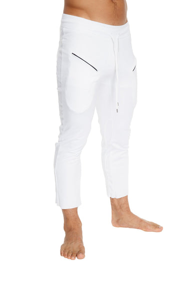 Mens 4/5 Zipper Pocket Capri Yoga Pants (White) Capri Pants 4-rth