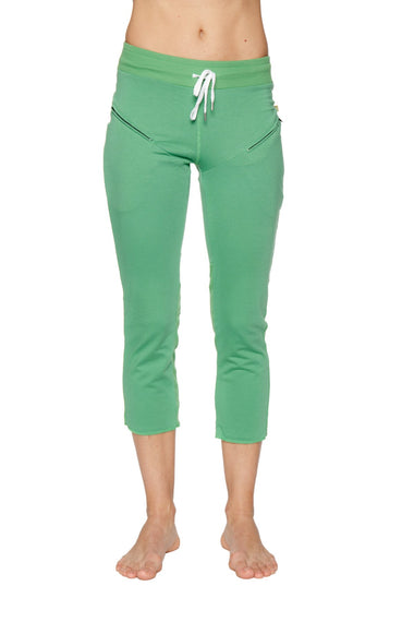 Women's 4/5 Length Zipper Pocket Capri Yoga Pant (Bamboo Green) Womens Capris 4-rth