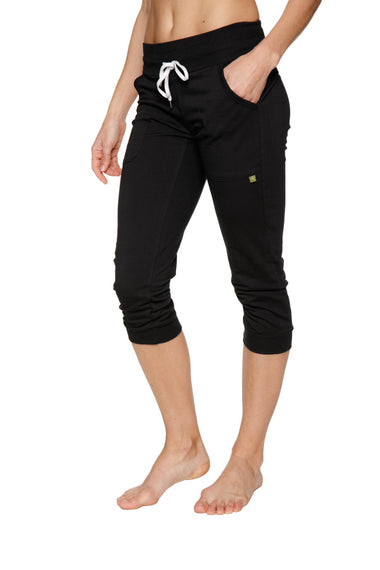 Women's Cuffed Jogger Yoga Pant (Solid Black) Womens Capris 4-rth