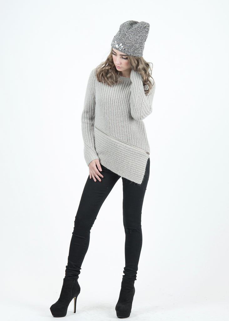 Mia Zip Details Asymetric Hem Sweater