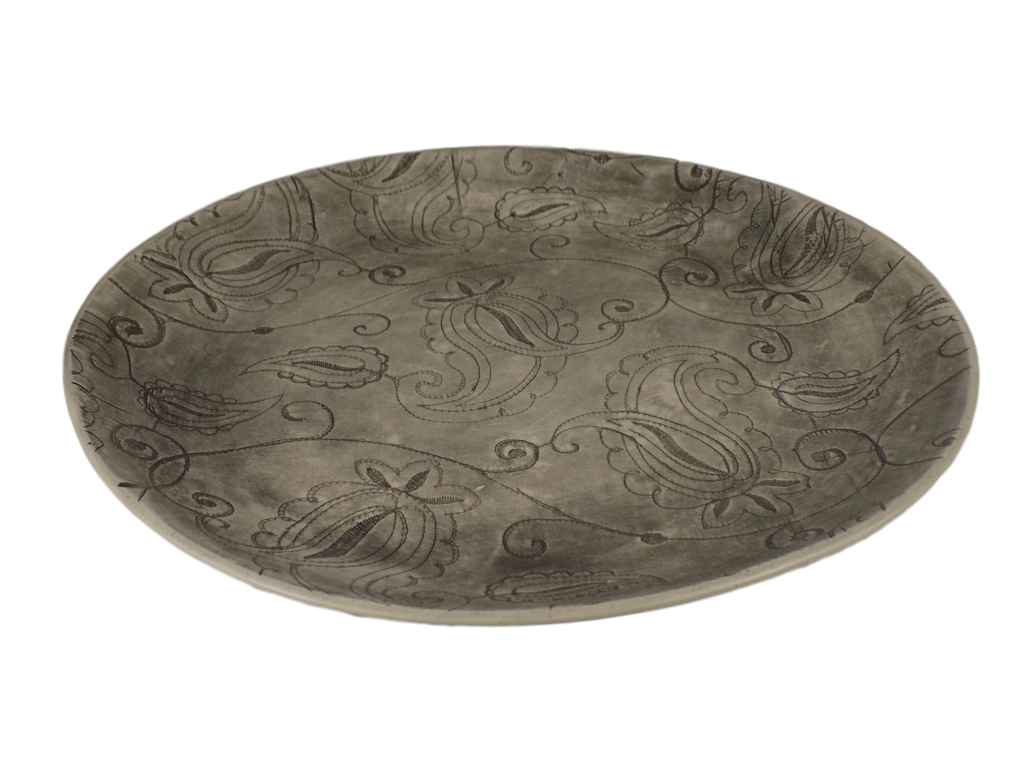 Handmade Black Graphite Round Serving Plate With Paisley Design