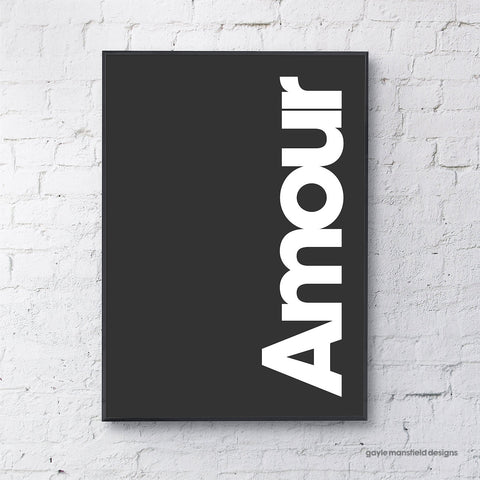 Amour (white on black)