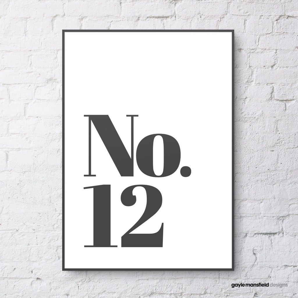House Number - classic (black on white)