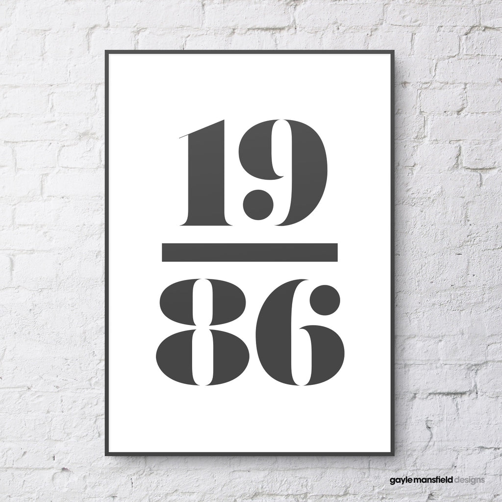 antique digit/letter (black on white)