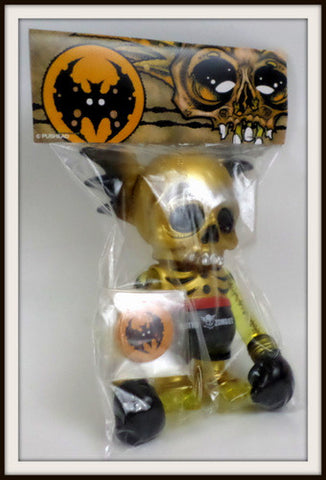 Secret Base x Astro Zombies Pushead GOLD SKULLWING Super Festival 37 2006 Kaiju - redrum comics