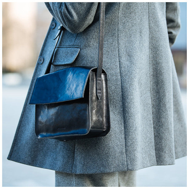 How to style black crossbody bag