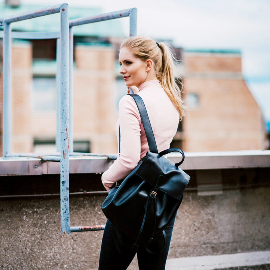 5 reasons to wear backpack