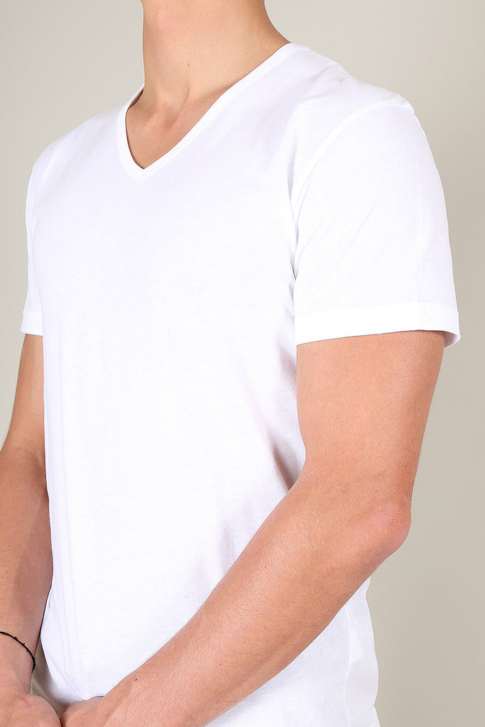 the perfect v-neck white t-shirt