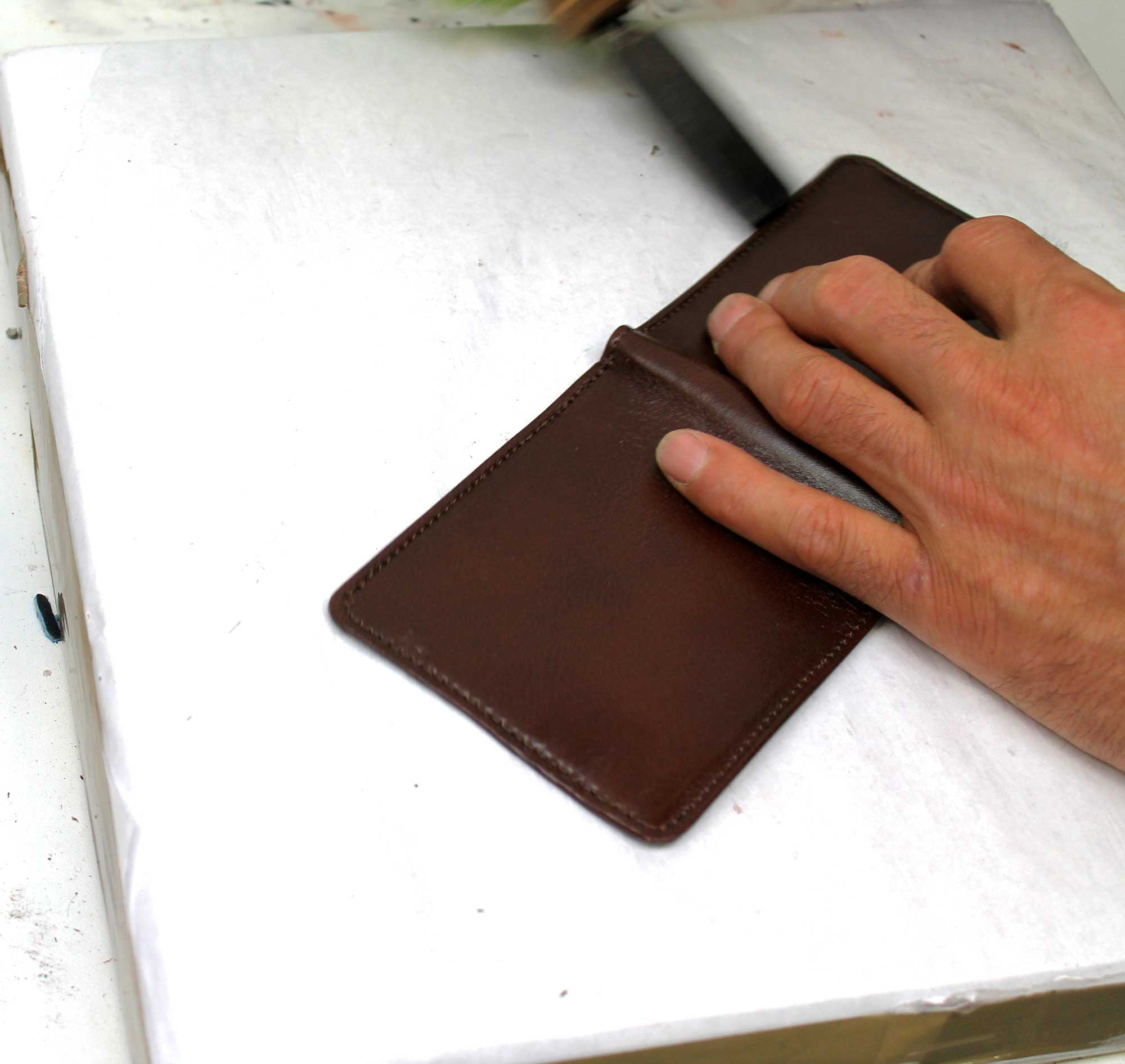 Escuyer brown leather wallet
