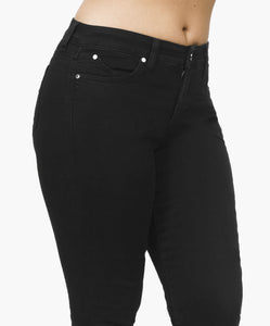 SKINNY BLACK - Beauty in Curves | Secret Sculpt System Jeans