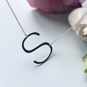 MY OVERSIZED INITIAL necklace