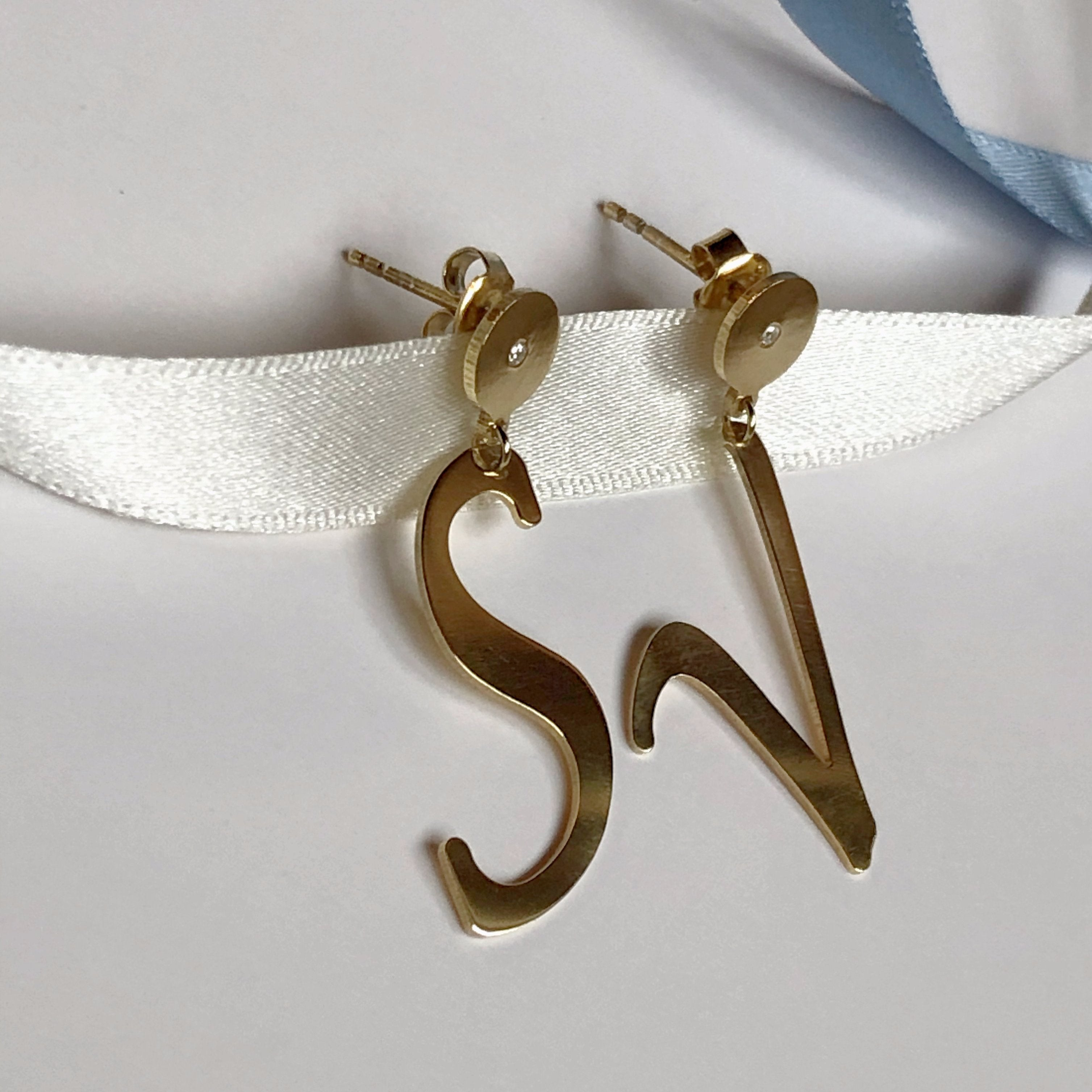 LETTRES SPЀCIALES earrings - BYVELA designer jewellery in silver and gold