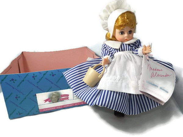 Madame Alexander Doll - Little Maid 423 - [vintage and antiques], Duckwells